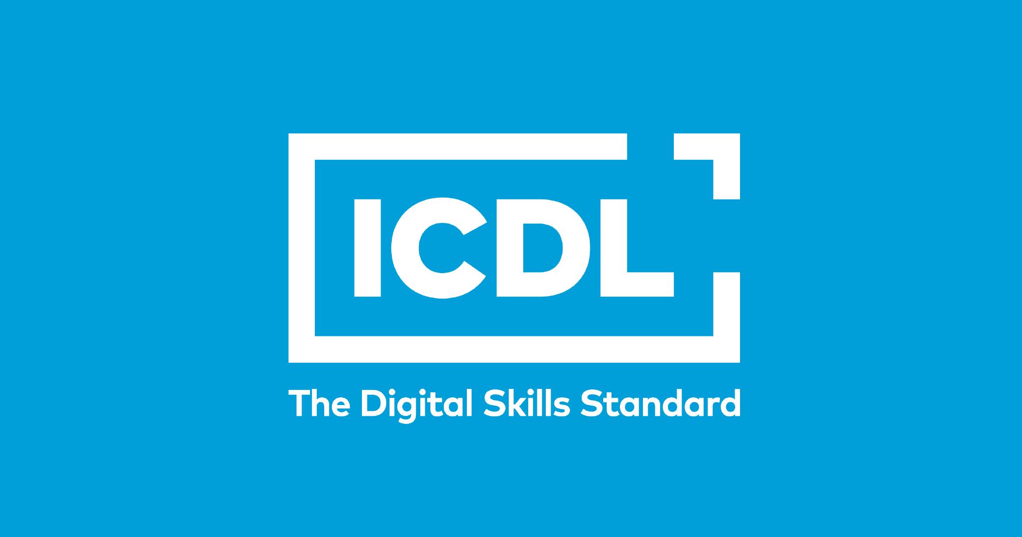 sfondo azzurro - logo ICDL